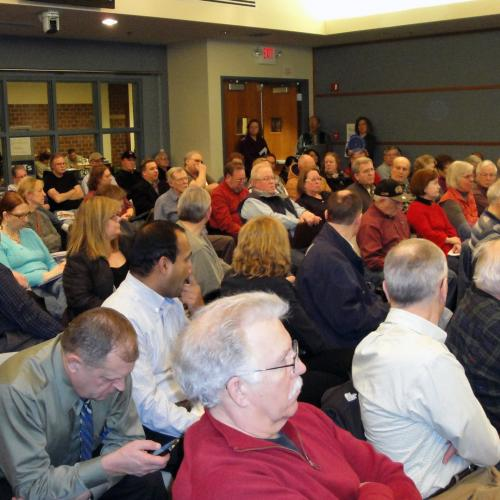 99 Residents Pack Solar Workshop In Woodbury Learn From