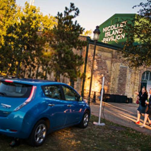 Get 40 Off Nissan Leaf In March Through Drive Electric Minnesota Promotion