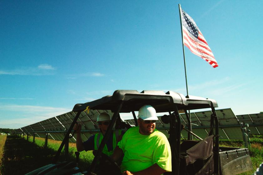 Solar worker in North Branch, MN